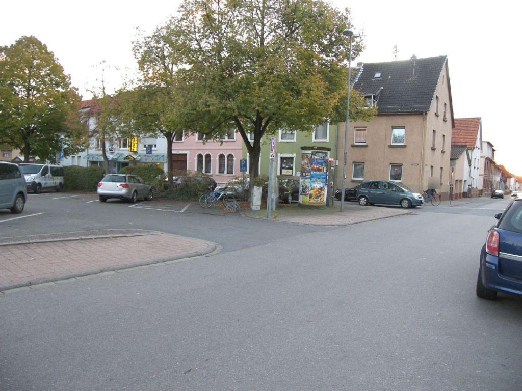 Rathausplatz  12 gg/Schwabenheimer Str