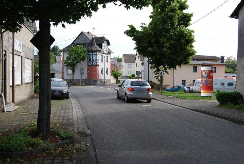 Elgendorfer Str   1 li/Hauptstr nh