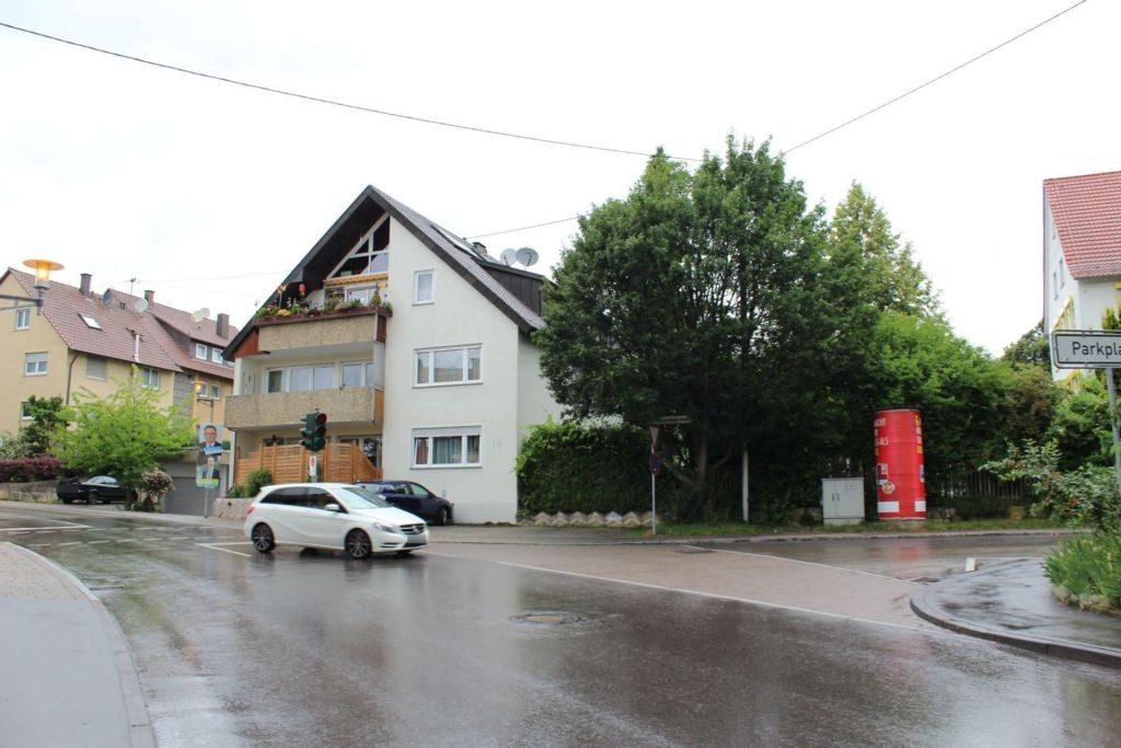 Johann-Strauß-Str/Grötzinger Str