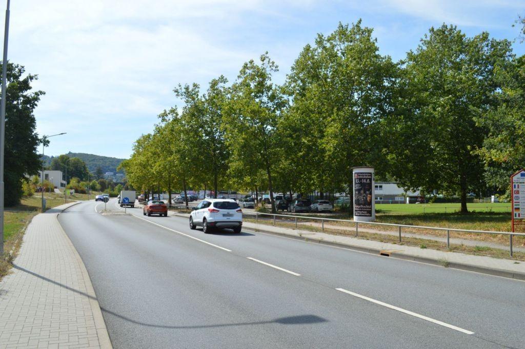 Neckarburkener Str   9 nh Sportplatz (B 27/B 292)