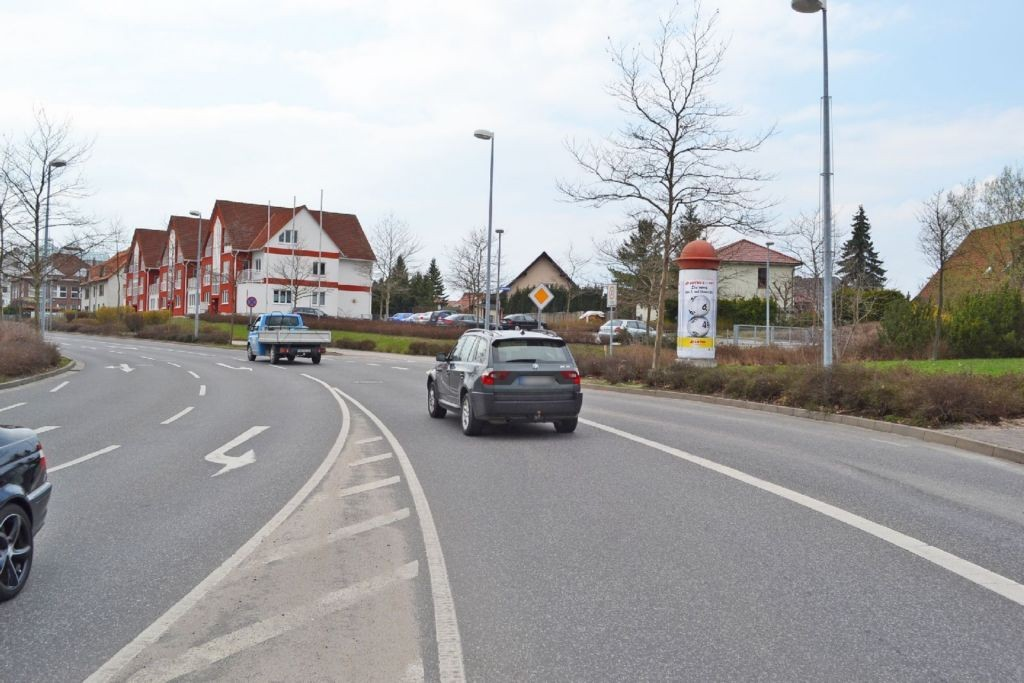 Platanenstr/Tannenweg