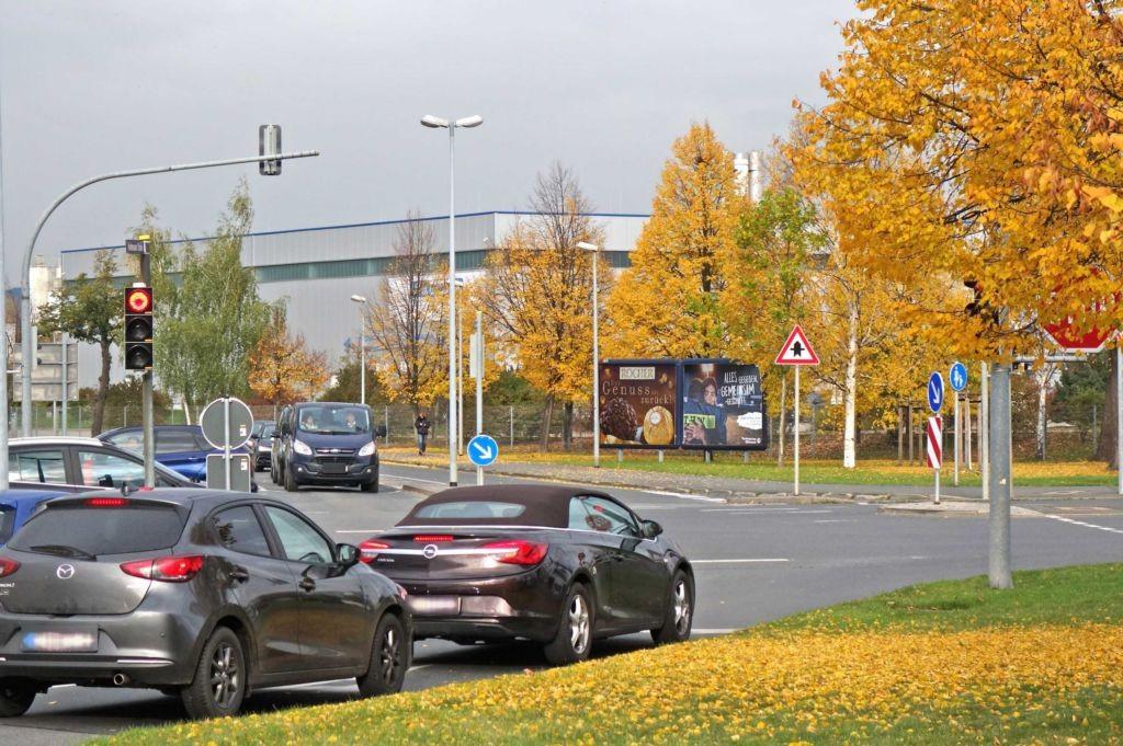 Fabrikstr/Dresdner Str (B 172)