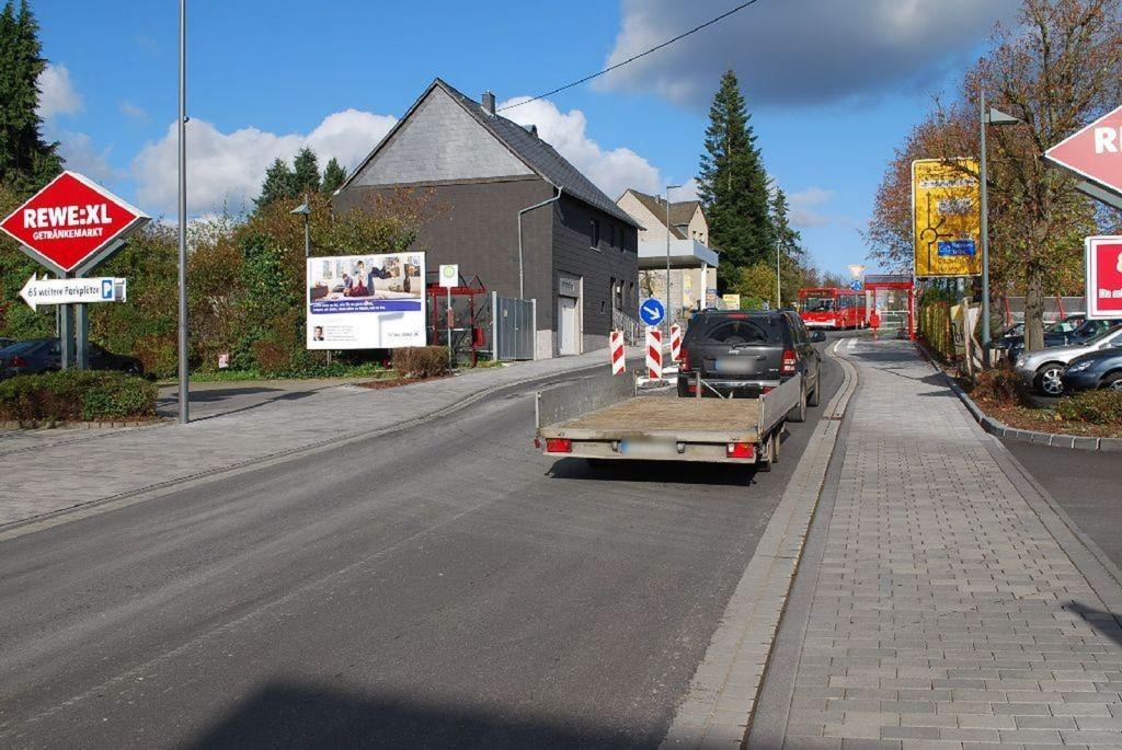 Koblenzer Str   1-3