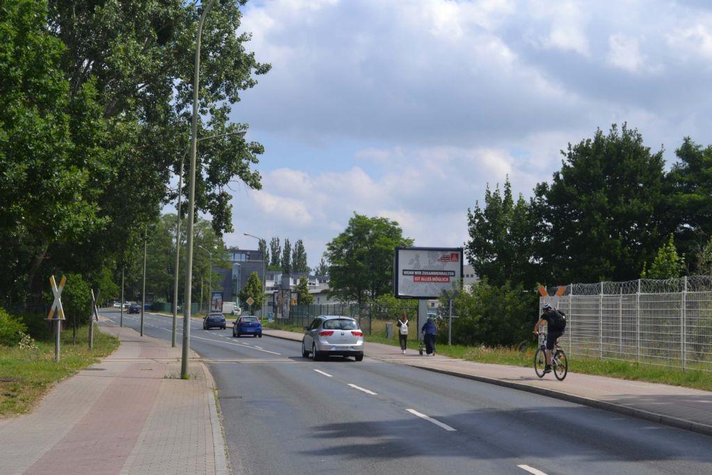 Am Buchhorst Bahnübergang ew (L 79)/Handelshof 16