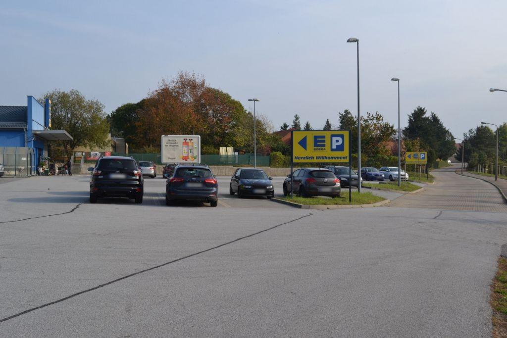 Kleine Bahnhofstr. 15 Edeka Varga Eing.