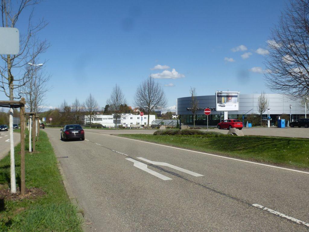 Hohenäckerallee (B 294)/Lochäckerstr 2