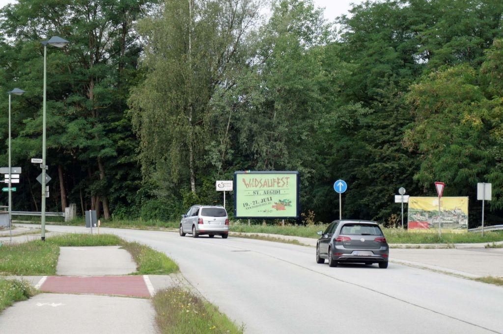 Wiener Str/Bayrisch Haibach gg (St 2125)/Sportplatz nh