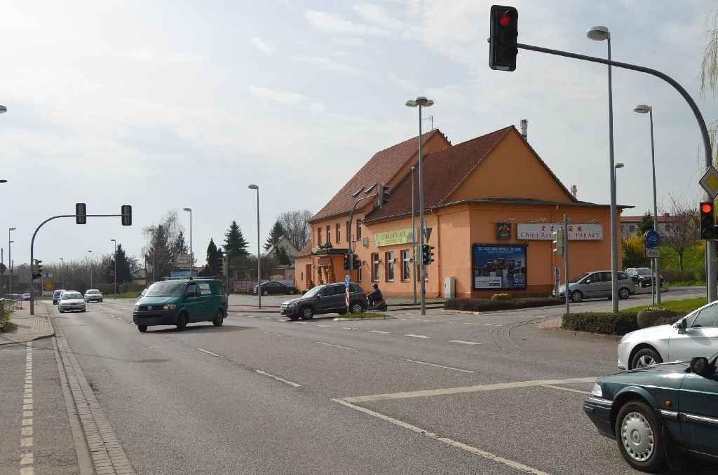 Hallesche Str/Hauptstr 1