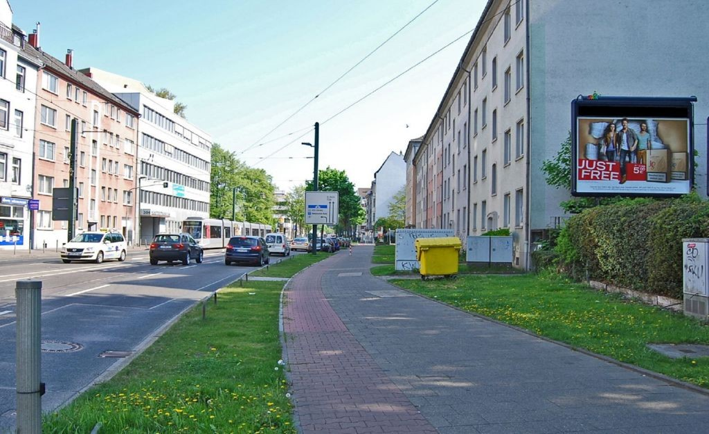 Münsterstr 323 li/Grashofstr (B 7)