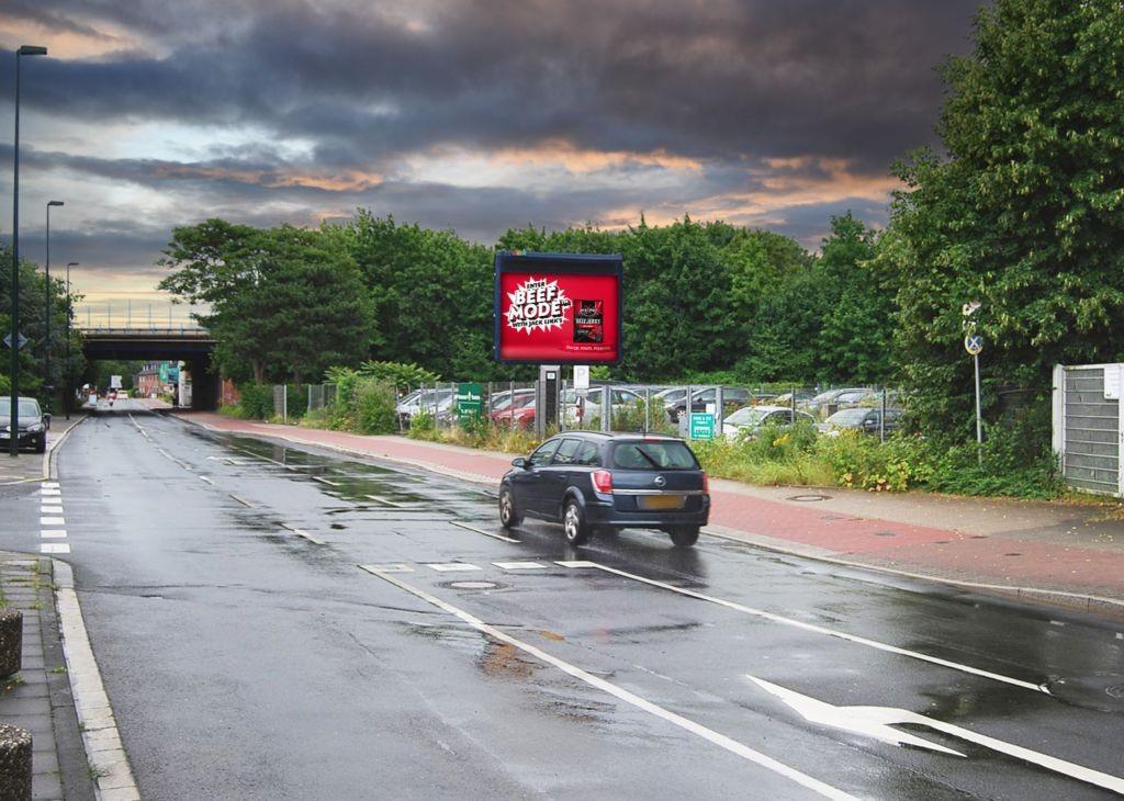 Kieshecker Weg 178 aw Flughafen-Abfahrt