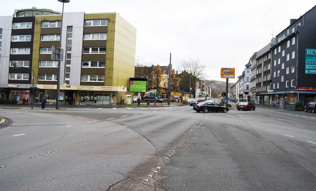 Heckinghauser Str 194 gg aw/Waldeckstr 2