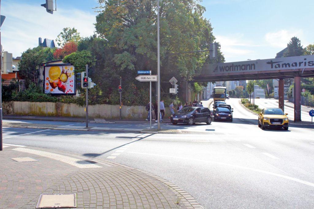 Blomberger Str   9 re/Hasselt Platz