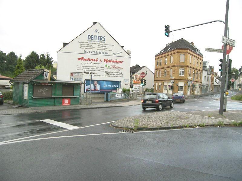 Odenthaler Str 90 li/Rommerscheide Str