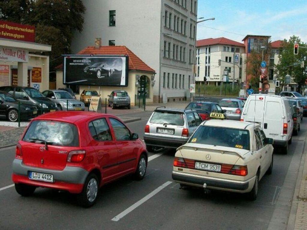 Chemnitzer Str   2/Prager Str nh