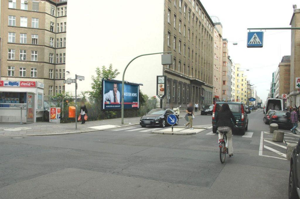Friedrichstr 219 li/Puttkamerstr nh//Hst U-Bhf Kochstr