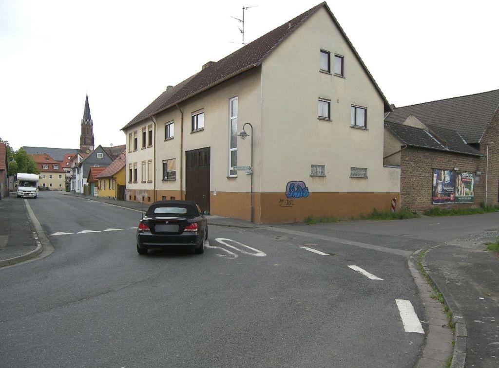 Morrstr/Alt Seulberg 2