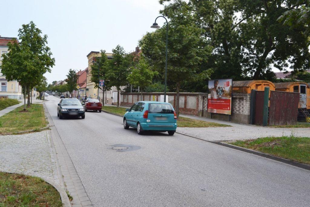 Berliner Allee   1/Fischerstr nh