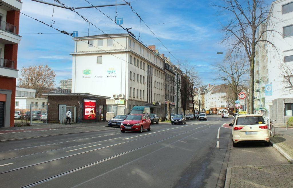 Erkrather Str 141 li/Engelbrechtstr