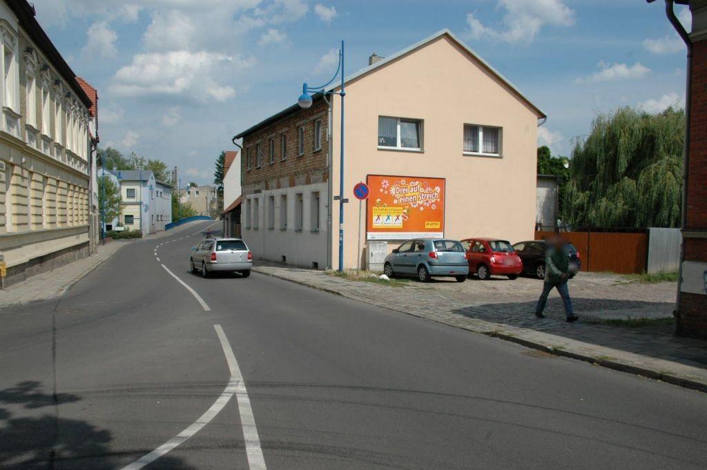 Brückenstr   1/Dorfstr