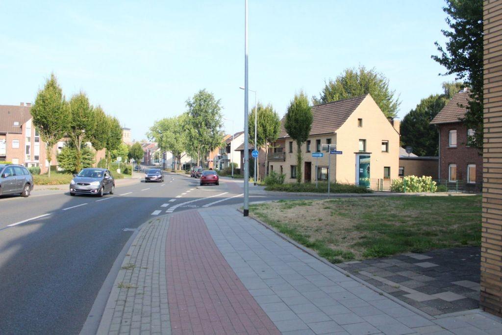 Lobbericher Str  50 re/Overbeckstr