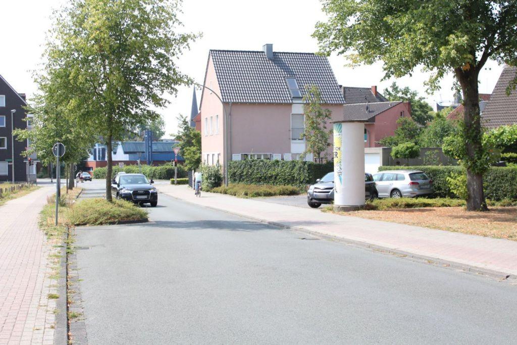 Elsa-Brandström-Str  62/Kreuzweg nh