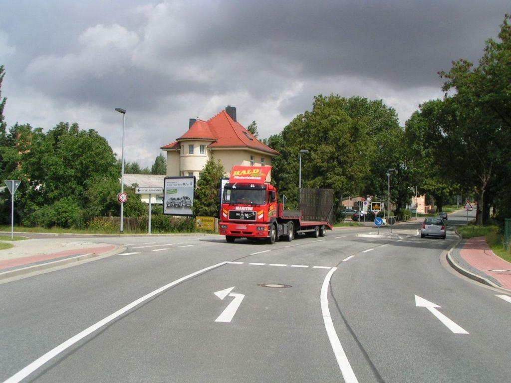 Walter-Kersten-Str   2 gg/Magdeburger Chaussee (B 180)