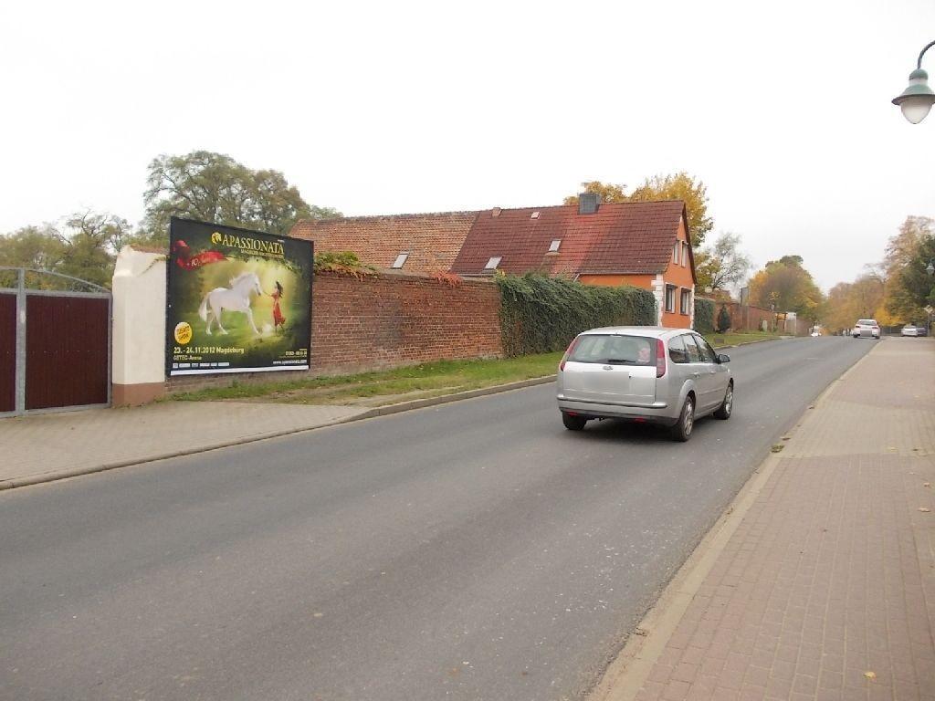 Magdeburger Str  37 re (L 44)/Schwarzer Weg gg nh