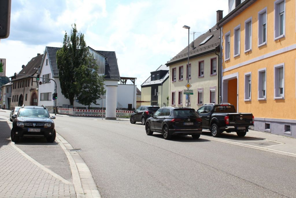 Bachstr/Weingartener Str (B 3)