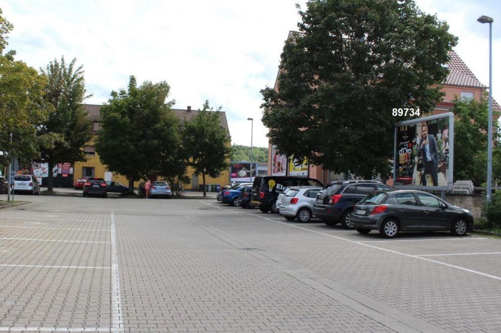Paul-Gerhardt-Str. 8-10 E-Center Einf.