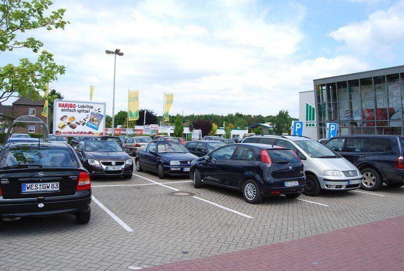 Grenzstr. 200 Marktkauf Eing.