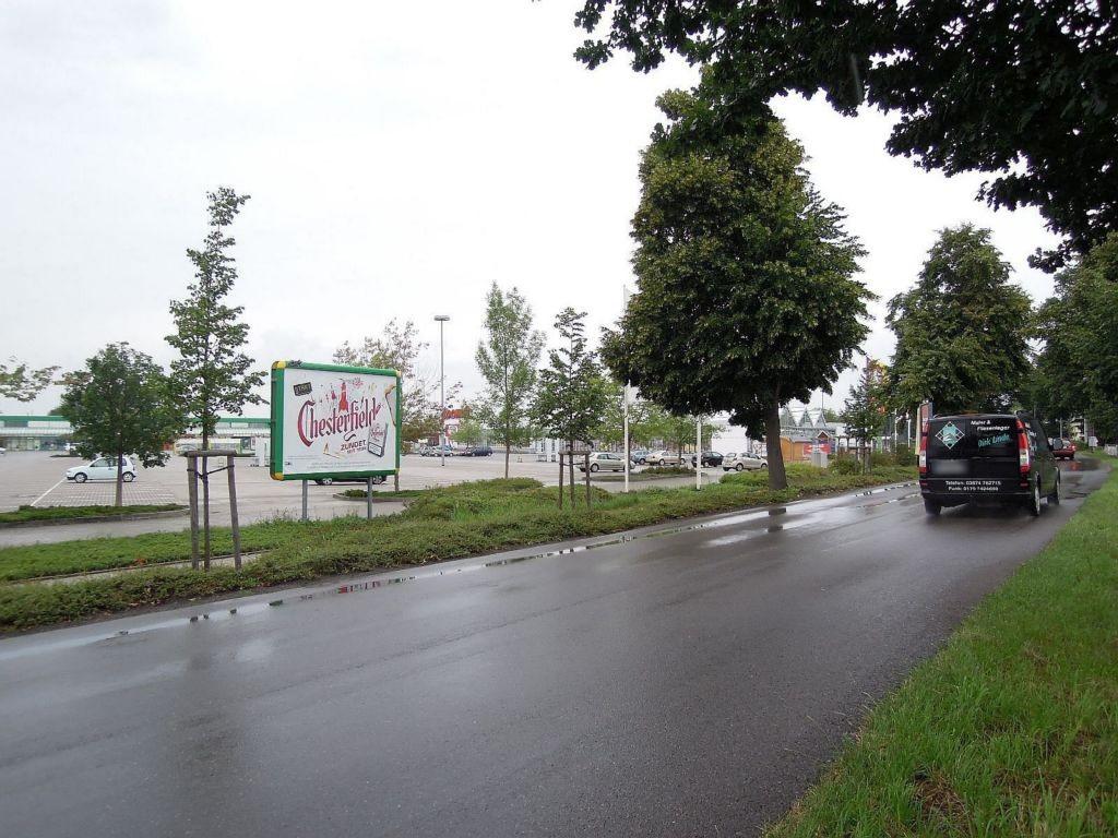 Liebenwerdaer Str. 46 Marktkauf Einf.