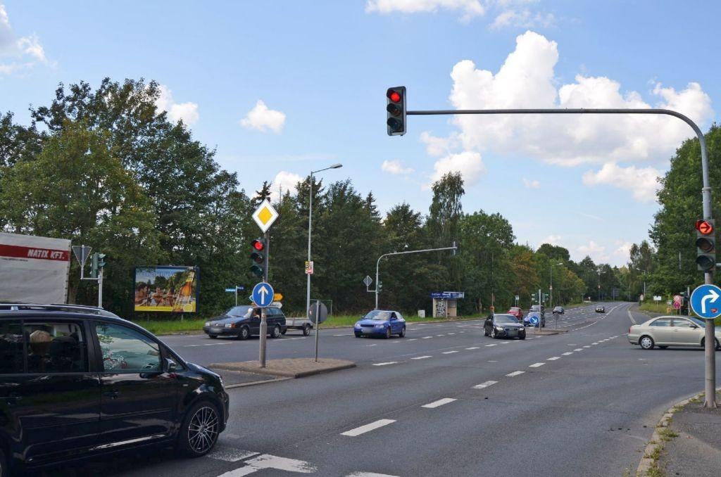 Schleusinger Str (B 247)/Friedbergweg