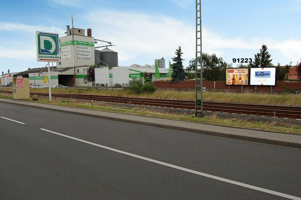 Raiffeisenweg/Aachener Str  23-25