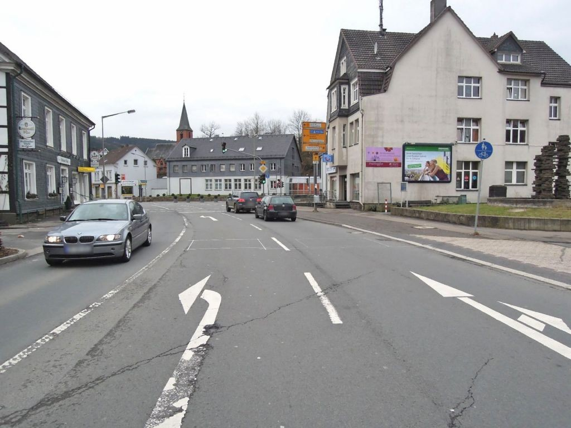 Kölner Str   4 (B 55)