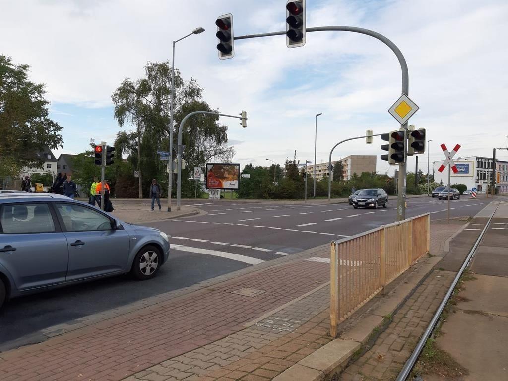 August-Bebel-Damm/Buschfeldstr