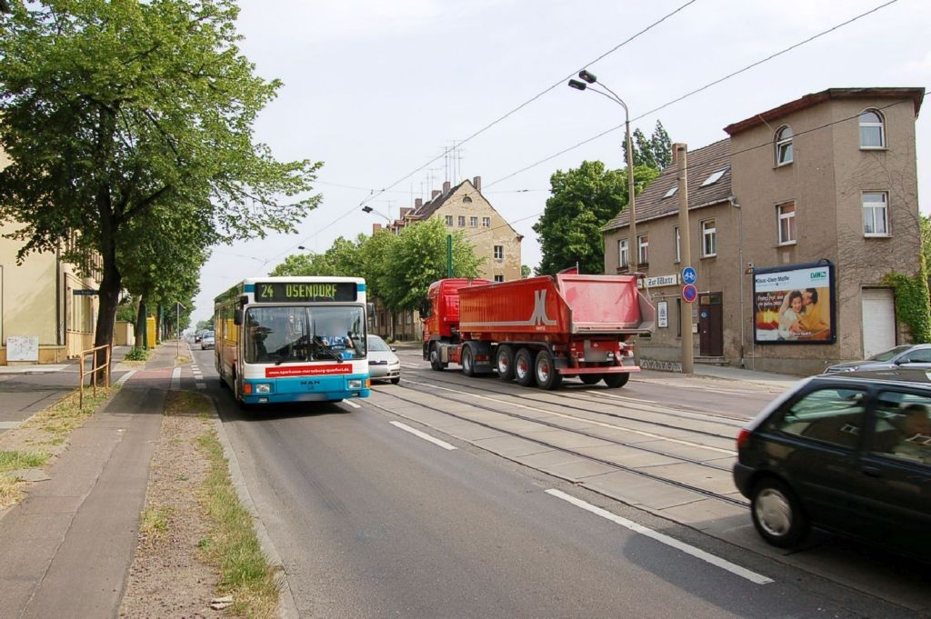 Merseburger Str 421 (B 91)/Otto-Bruder-Str gg
