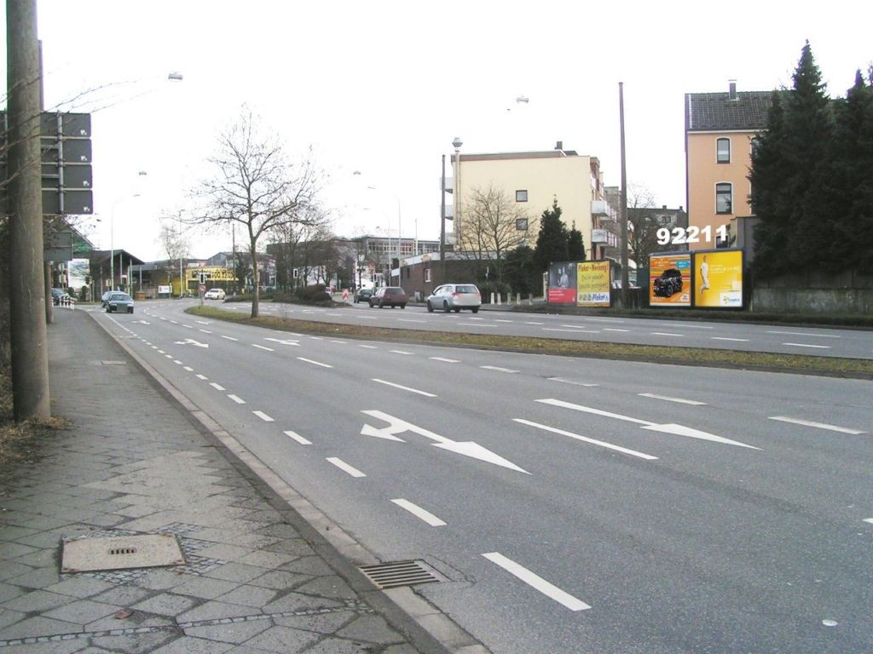 Berliner Str re (B 228)/Elberfelder Str
