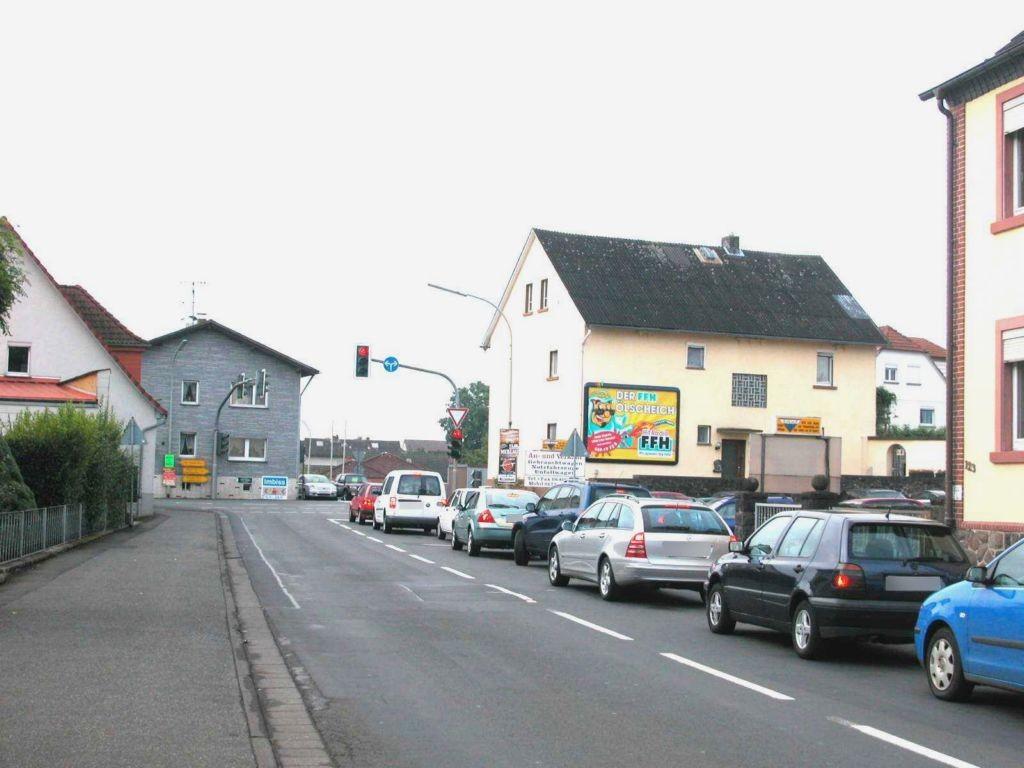 Bahnhofstr/Gießener Str 7 (B 49)