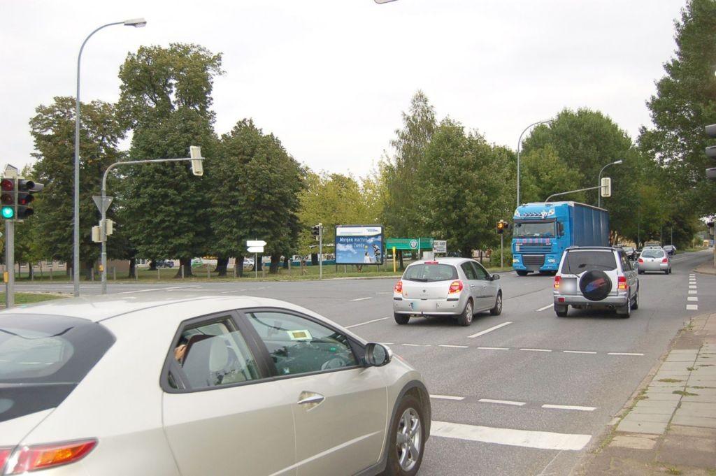 Merseburger Str  91 (B 180)/Obhäuser Weg