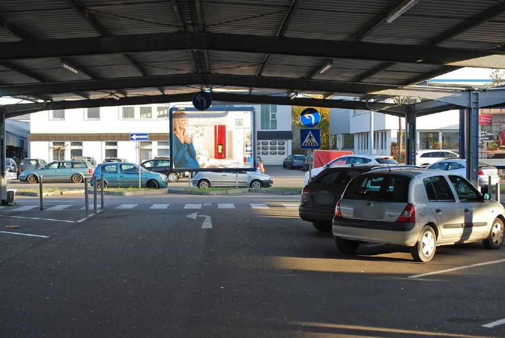 Dornierstr. 9 Metro