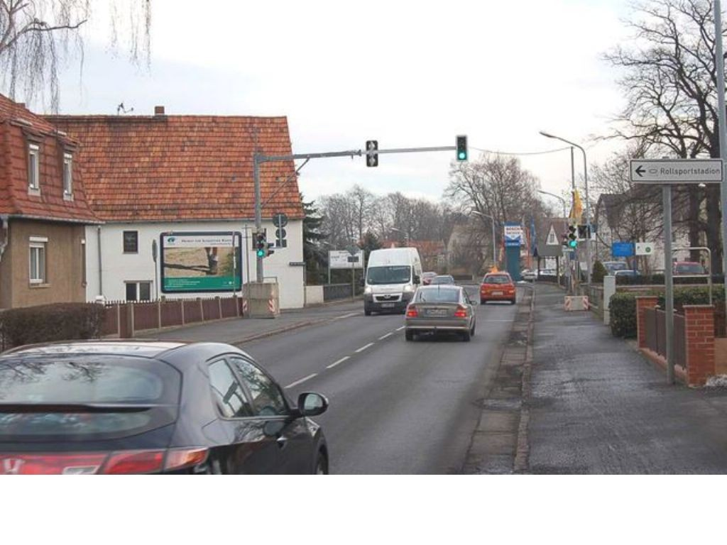 Radeburger Str  45 (B98)/An der Turnhalle