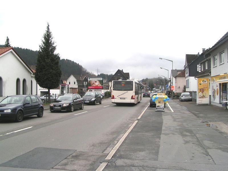 Kölner Str 198-200 (B 55) aw/Alte Schule