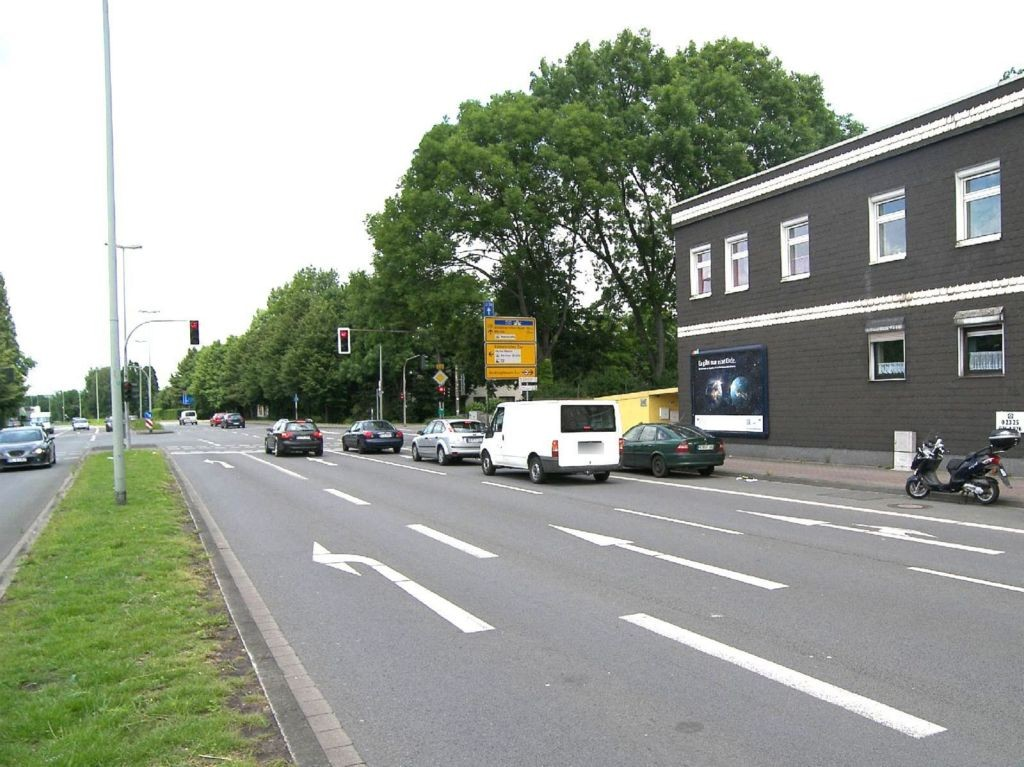 Dorstener Str 332 (B 226)/Berliner Str