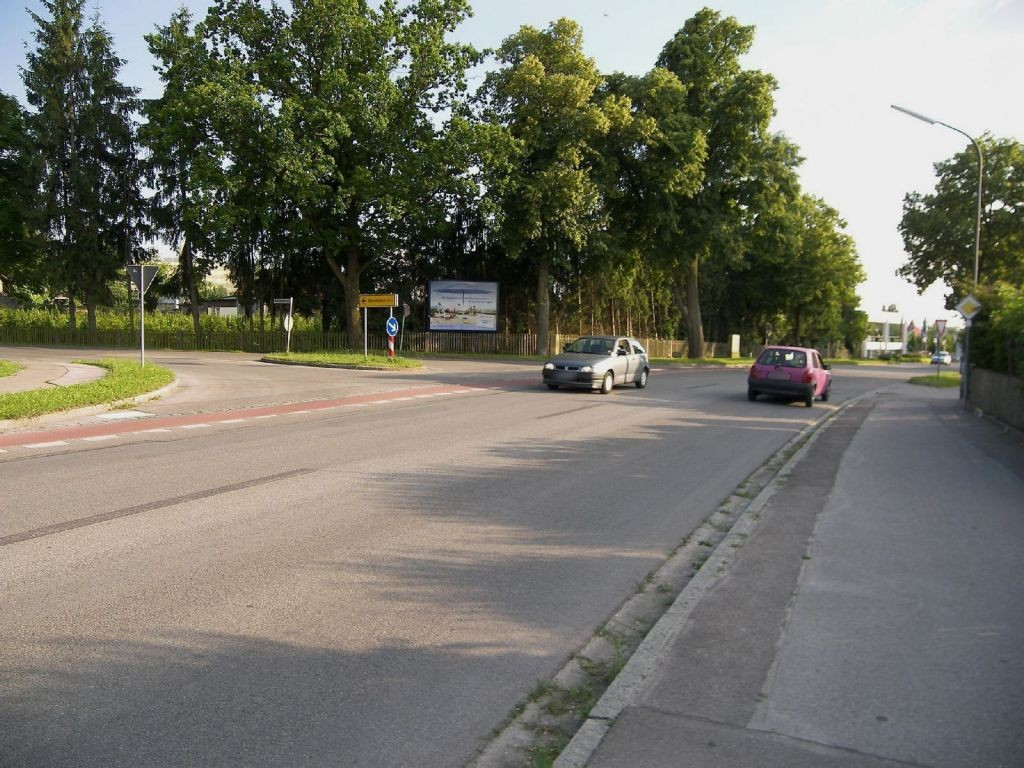 Schrobenhausener Str 31c gg/Wittelsbacher Weg