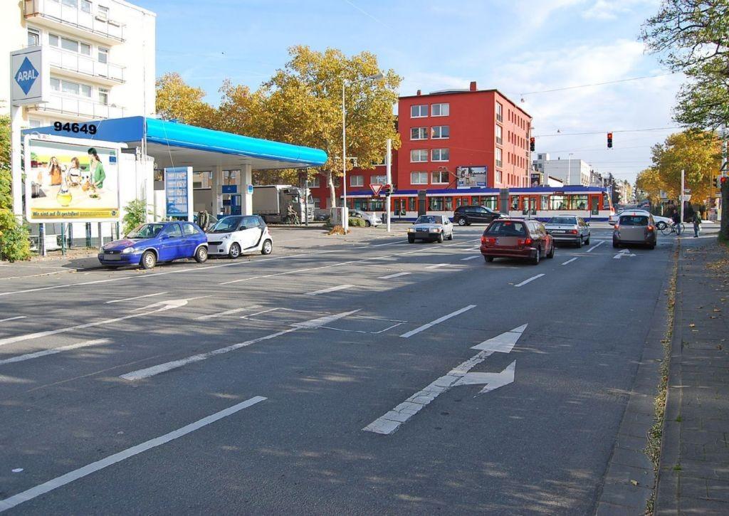 Hügelstr  83 re/Neckarstr 19