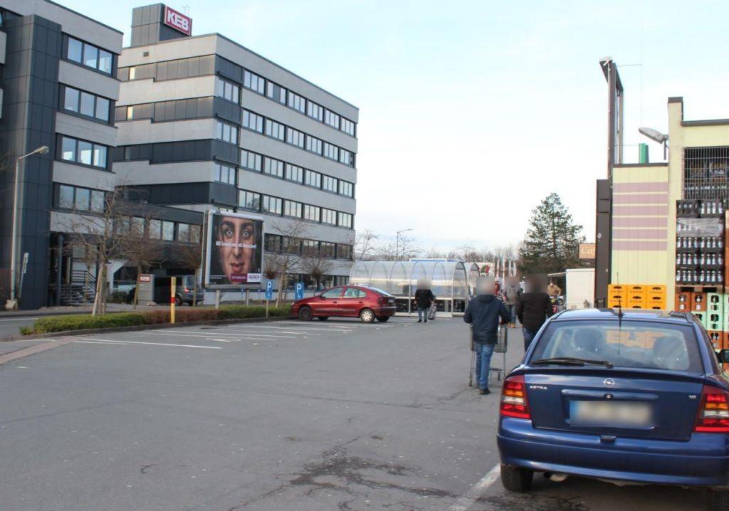 Försterweg 43 Marktkauf Wiele Eing.