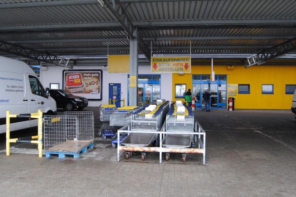 Am Eichengarten 17 E-C+C Großmarkt Eing.