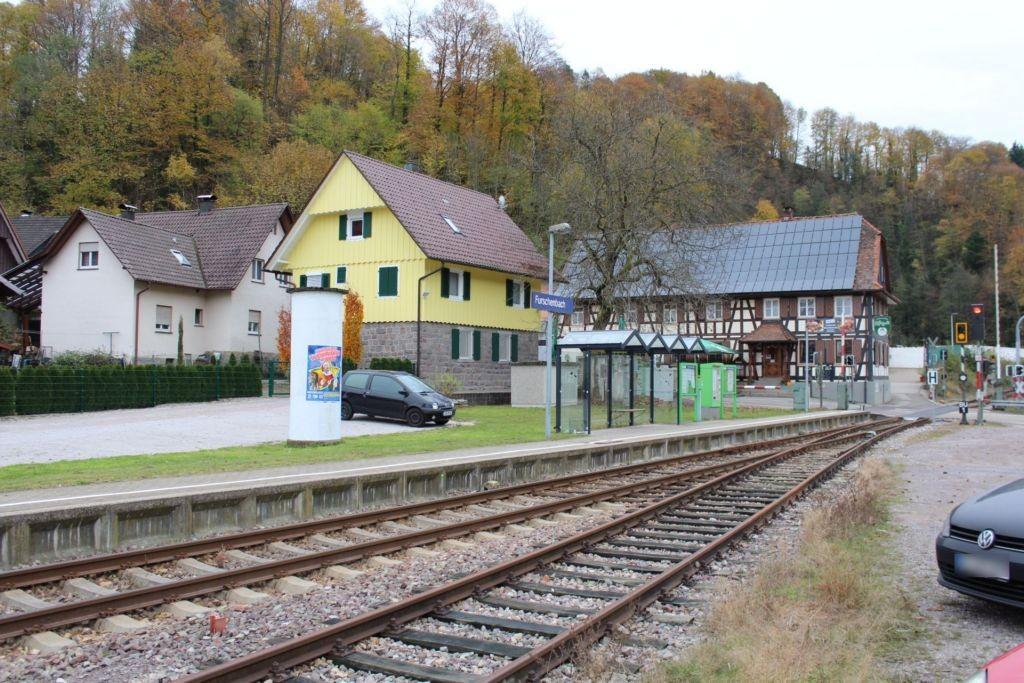 Bahnhofplatz/SWEG-Haltepunkt
