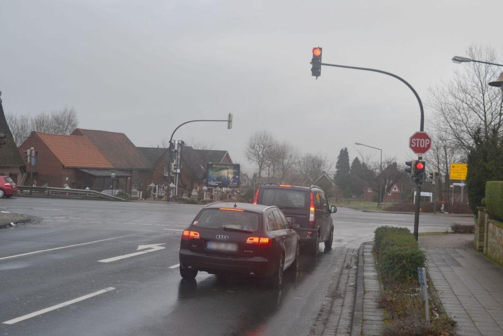 Cuxhavener Str 162 (B 173)/Mühlenkampstr