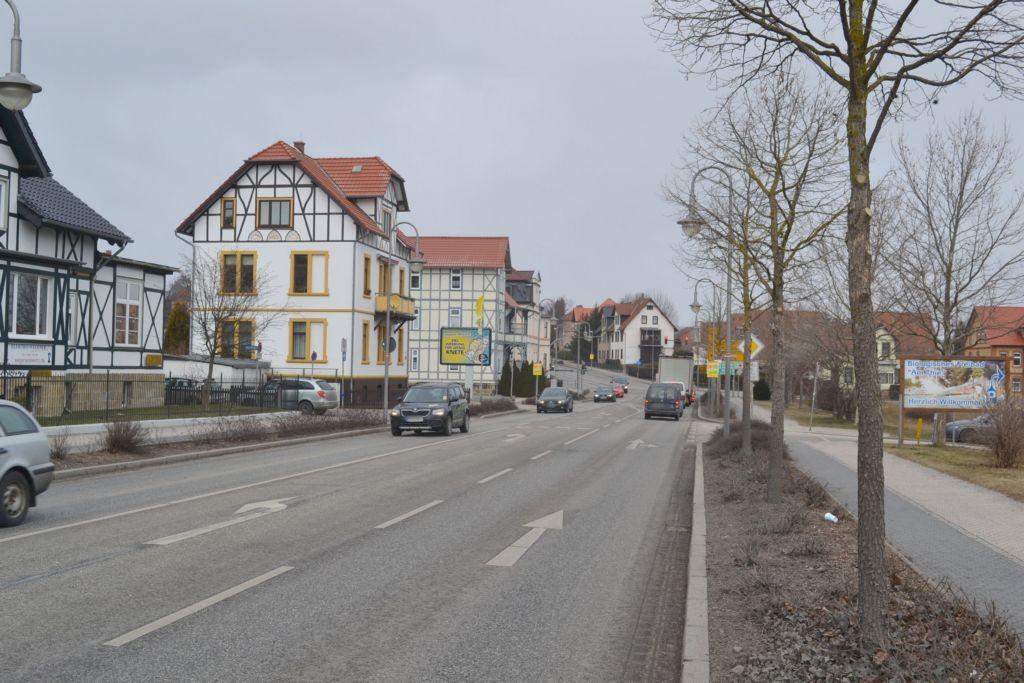 Neue Halberstäder Str  35 (B 81) aw